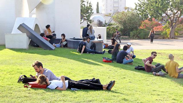 סטודנטים (צילום: דנה קופל)