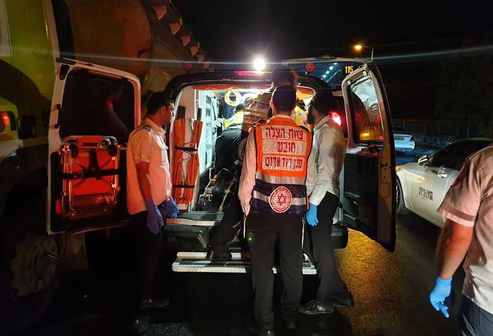 גבר נהרג בתאונת דרכים בבית שמש (צילום: תיעוד מבצעי מד