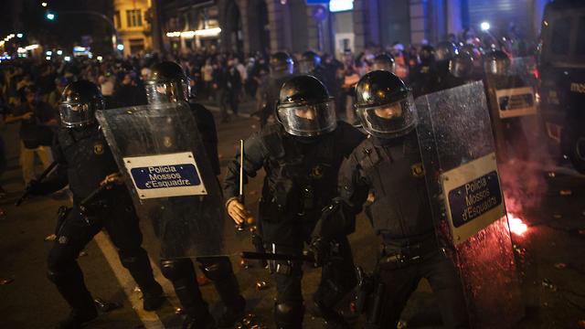 הפגנות בברצלונה (צילום: AP)