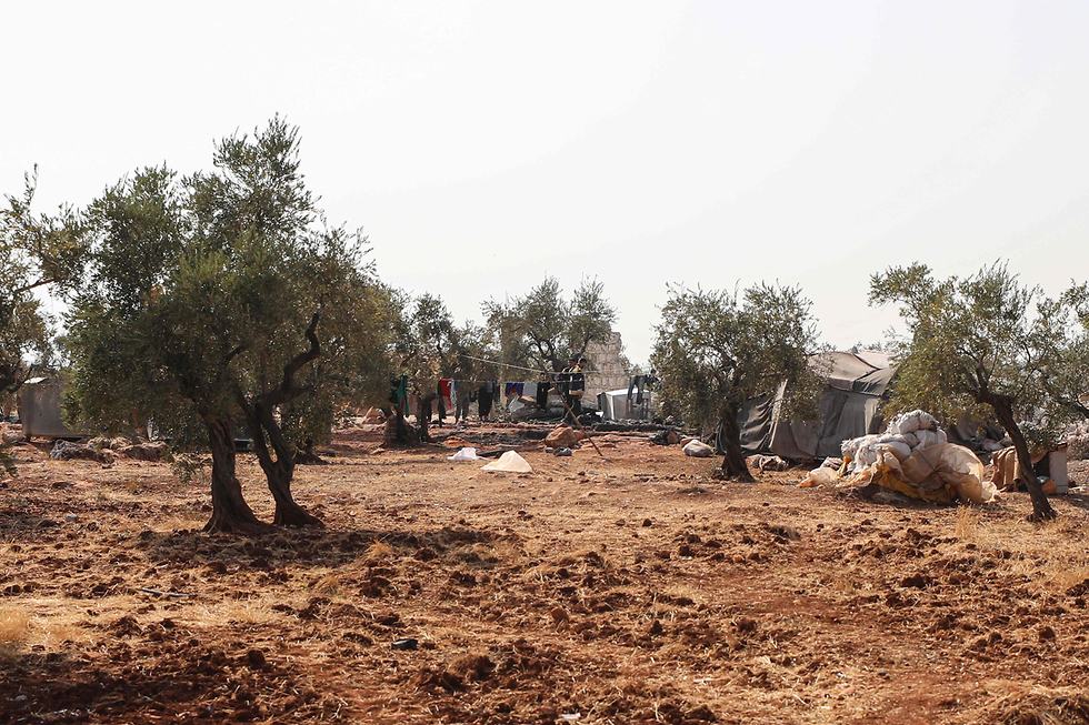 בתמונות של מקום החיסול בבוקר לכתוב – המתחם שבו חוסל מנהיג דאעש על פי דיווחים (צילום: AFP)