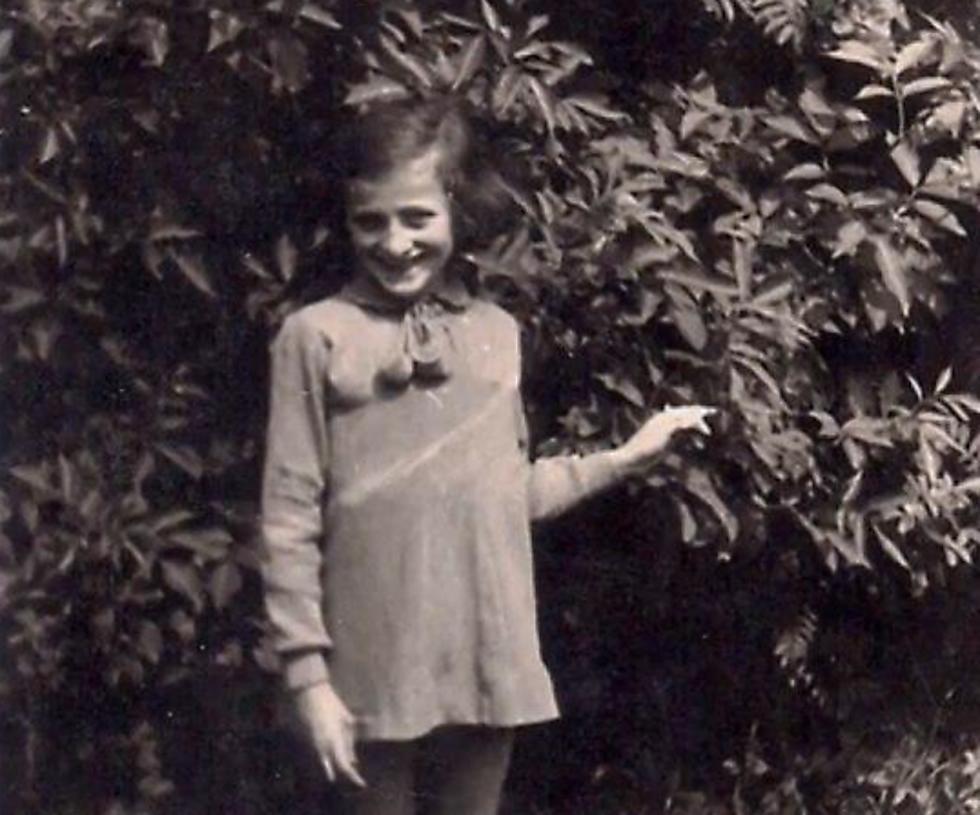 רחל מינץ בצעירותה (באדיבות המשפחה)