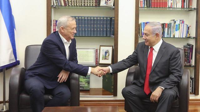 Netanyahu and Gantz (Photo: Elad Malka)