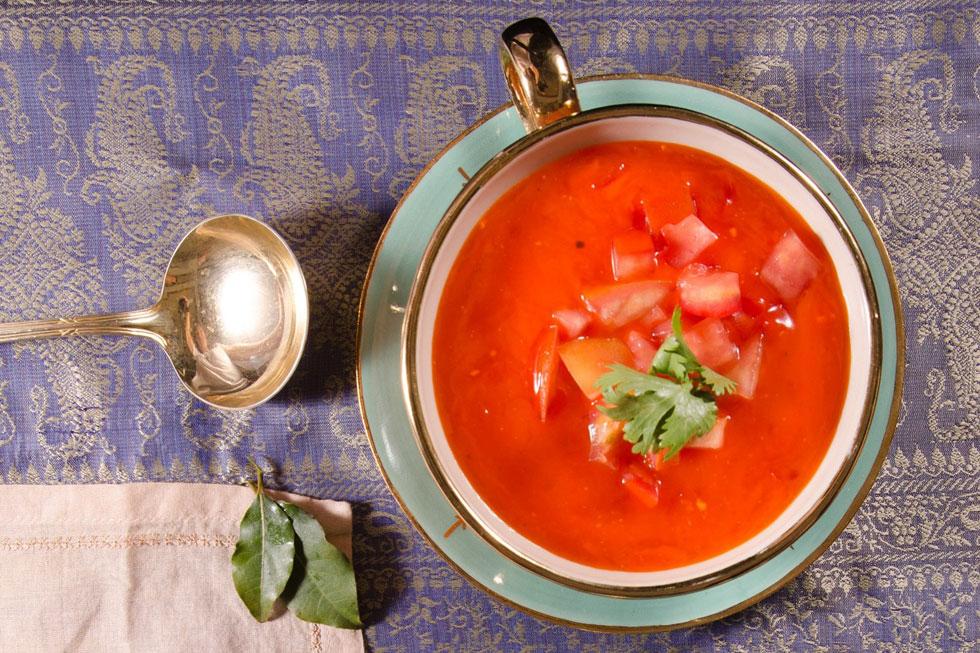 מרק עגבניות וגזר (צילום: יפית בשבקין)