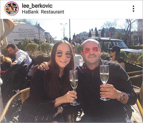 """עם אבא אייל. """"למרות שמאז ומתמיד הייתי הבת של אבא. בחרתי בצד של אמא שלי כי היא צודקת"""" (צילום: מתוך האינסטגרם של taliberkovich@)"""