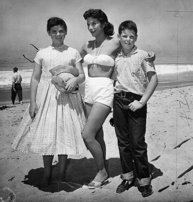 לאמאר עם שני ילדיה, 1958 (צילום: Keystone/GettyimagesIL)