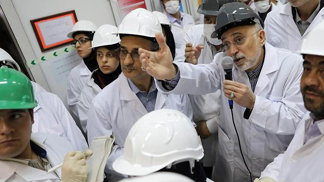 Ali Akbar Salahi chief of Iran's Atomic Energy Organization reveals state of the art centrifuges (Photo: AP) (Photo: AP)