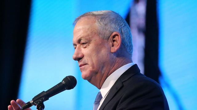 בני גנץ בועידת ישראל ללכידות חברתית של הליגה נגד השמצה (צילום: מוטי קמחי)
