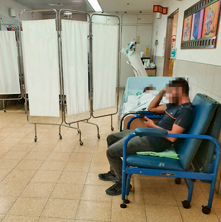В коридоре детского отделения. Фото: Матан Цури