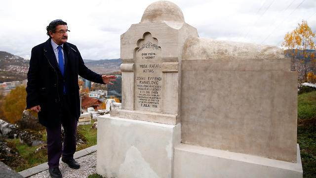 Eli Tauber stands near the resting place of a Jewish historian, whose real name was Mose Attias, known as Zeki Effendi Rafaelovic, at the Jewish cemetery in Sarajevo, Bosnia and Herzegovina, Nov. 6, 2019 (Photo: Reuters)