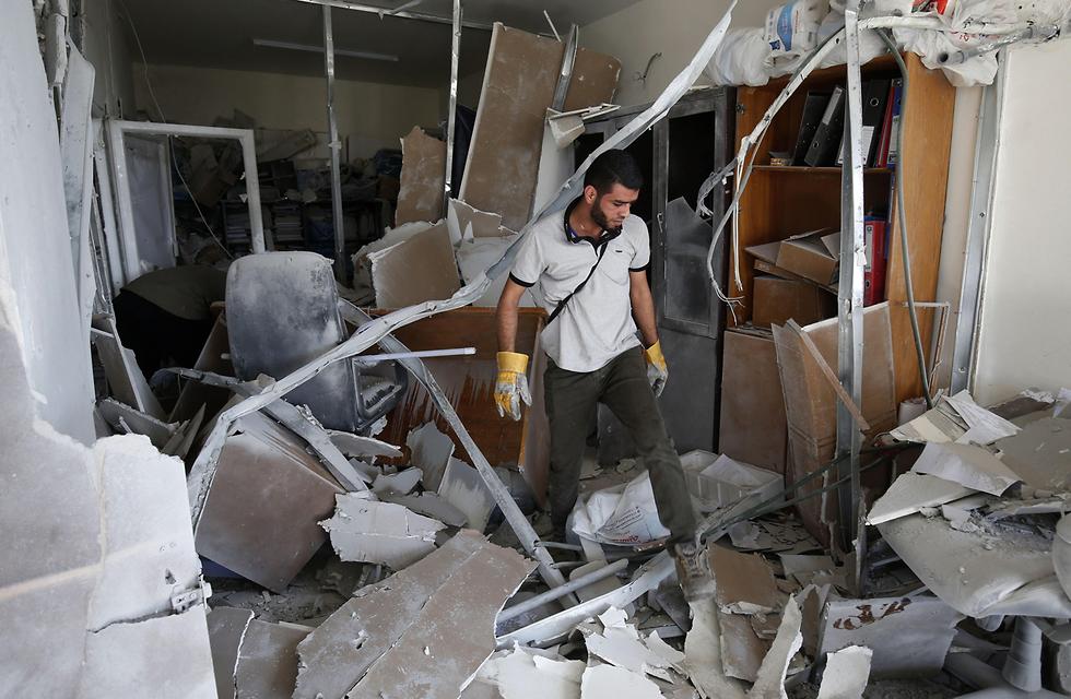 Inside al-Ata's apartment (צילום: AFP)