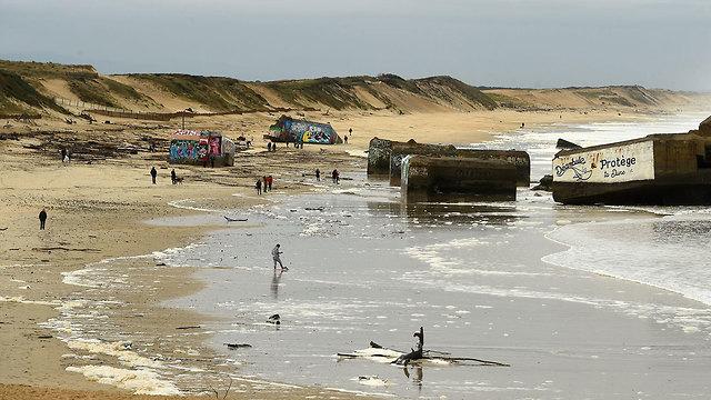 חבילות של קוקאין נשטפו לחופים דרום צרפת (צילום: AFP)