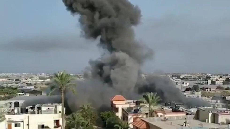 The Israel Air Force strikes Islamic Jihad targets in the Gaza Strip