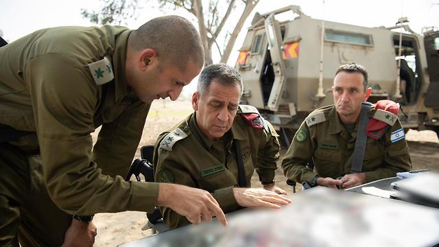 IDF Chief of Staff Aviv Kochavi meets with senior officers during the two-day cycle of violence (Photo: IDS Spokesperson Unit)