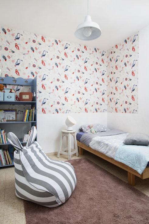 חדר לבת בממ''ד, בביתה של המעצבת יעל פנסטר (צילום: הגר דופלט)