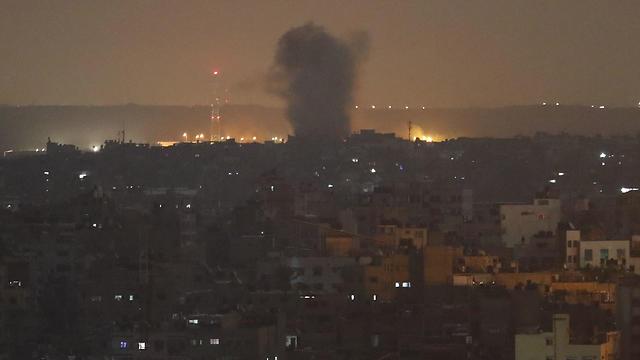 IDF strike on Islamic Jihad targets in Gaza overnight Wednesday (Photo: AP)