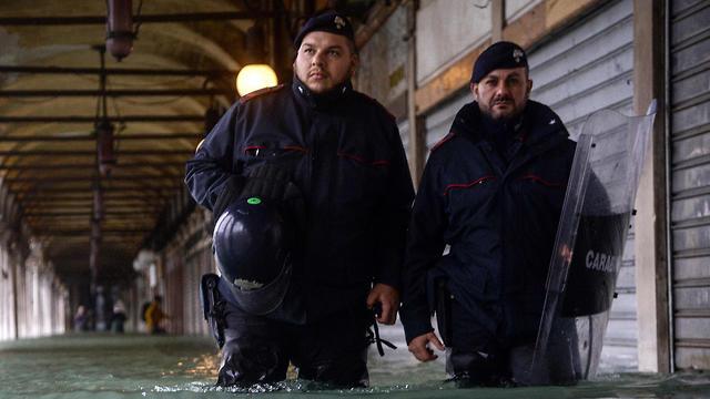 איטליה ונציה הצפה הצפות שיטפונות שיטפון  (צילום: AFP    )