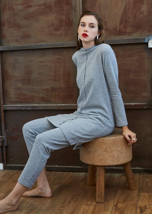 מכירת אופנה ולייף סטייל בקריית אונו. 15 אחוז הנחה על קולקציית החורף של מיכל אמה (צילום: דור שרון)