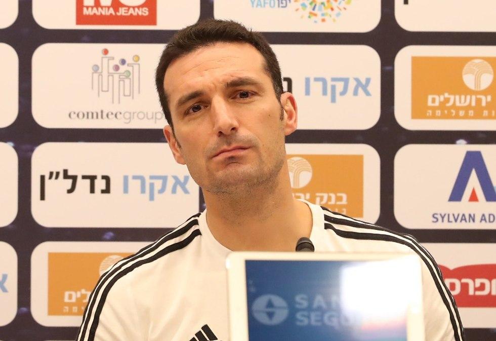 ליונל סקאלוני מאמן ארגנטינה (צילום: אורן אהרוני)