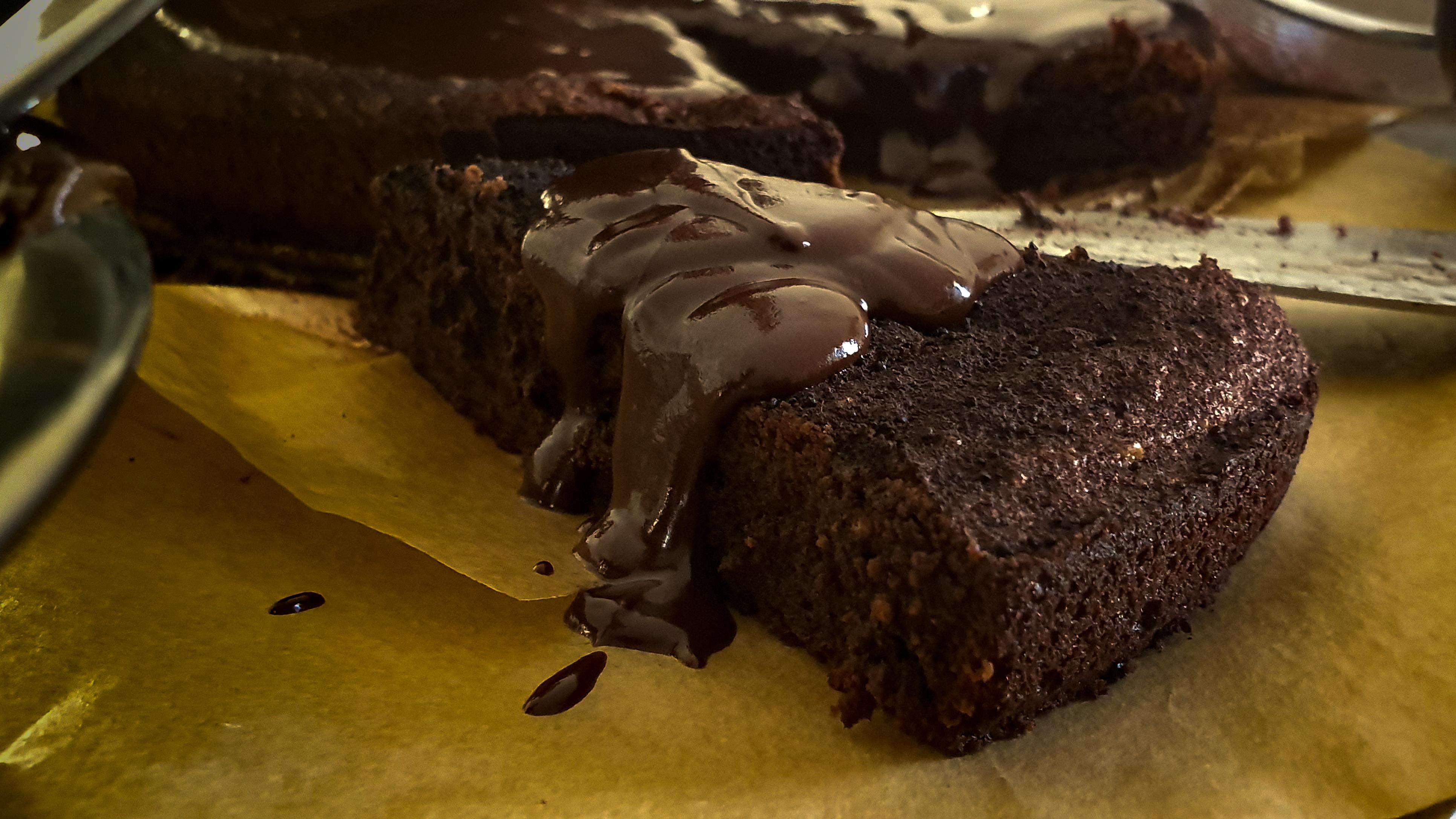 פאדג' שוקולד מושלם של סאני (צילום: ירון ברנר)