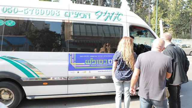 תחבורה ציבורית בשבת (צילום: דנה קופל)