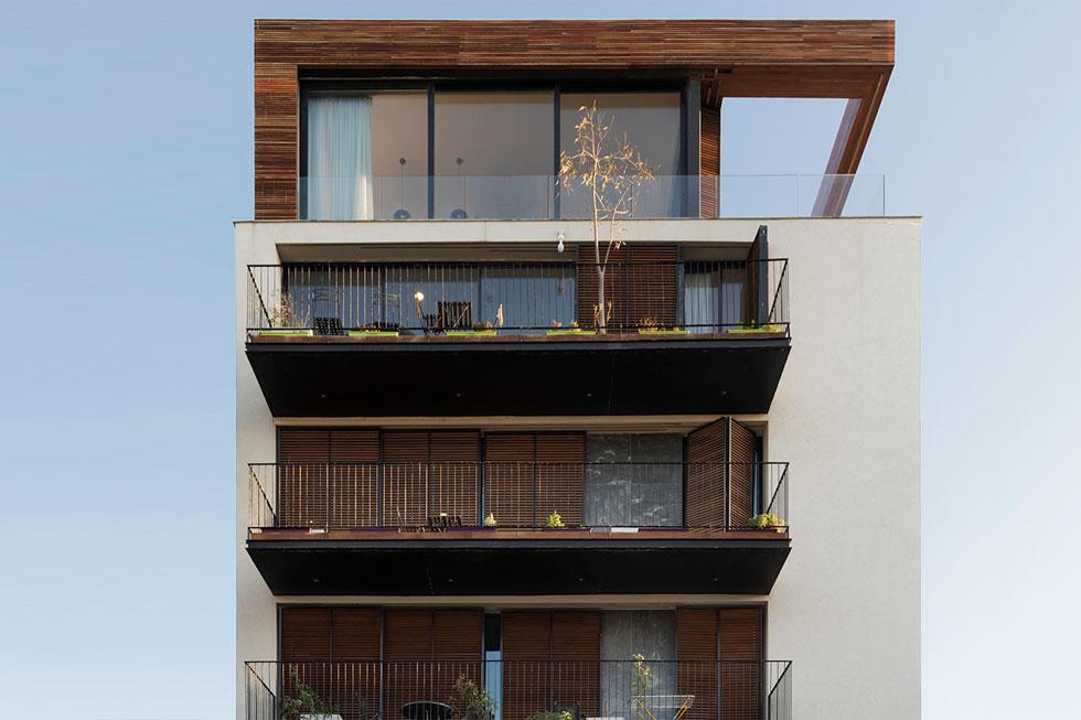 שבע דירות בסך הכל, כמחצית מהן דופלקסים - החלטה שמקשה על שיווק הדירות. אבל לא במקרה הזה (צילום: ליאור גרונדמן)