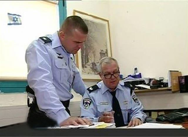 Два поколения полицейских. Фото: семейный архив