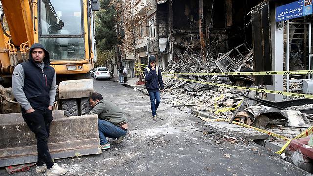 איראן מהומות טהרן (צילום: רויטרס)