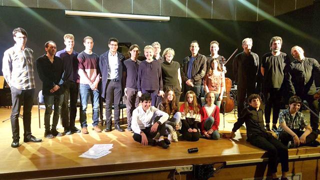 Участники проекта в Ор-Йегуде: фотография на память