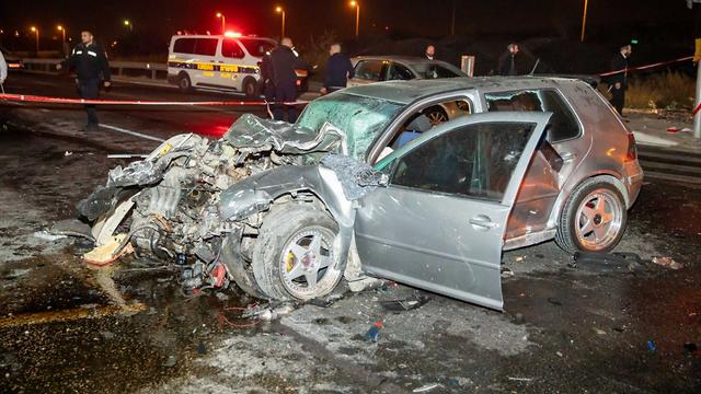 תאונת דרכים צומת גבעת זאב (צילום: משה מזרחי)