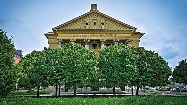 בית הכנסת אובודה בבודפשט הוא בניין בסגנון אימפריאלי צרפתי בן 200 שנה  (באדיבות עמי