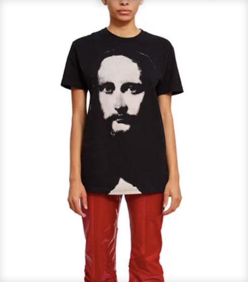 או אולי: חולצת טי עם הדפס של ישו, 170.03 שקל במקום 242.90 שקל (צילום: מתוך openingceremony.com)