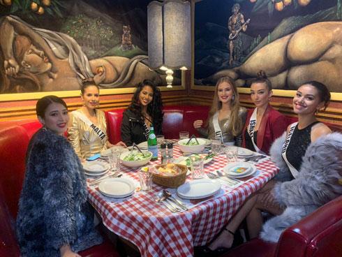בארוחת ערב איטלקית מיוחדת  (צילום: אלבום פרטי )