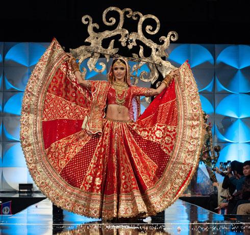 מסורת מפוארת. מיס הודו  (צילום: Patrick Prather, Miss Universe)