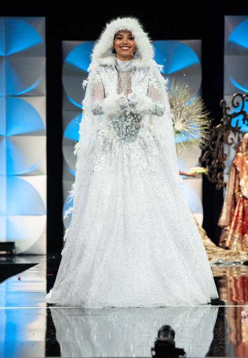 נסיכת הקרח - כשמה כן היא. מיס איסלנד  (צילום: Patrick Prather, Miss Universe)