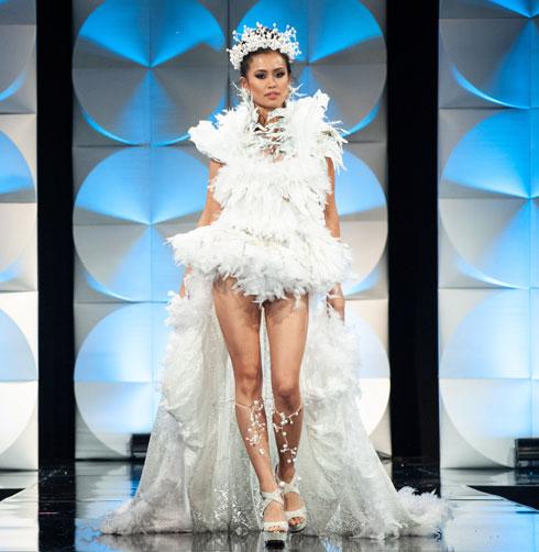 מיס בלגיה  (צילום: Patrick Prather, Miss Universe)
