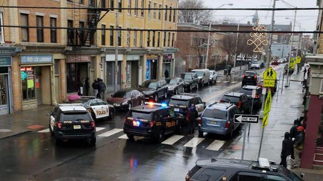 ירי ברחוב מרטין לוטר קינג' בניו גרזי  ()