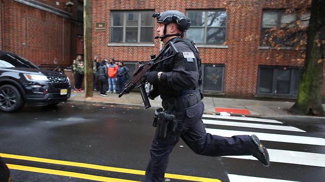 ירי ברחוב מרטין לוטר קינג' בניו גרזי  (צילום:  AFP)