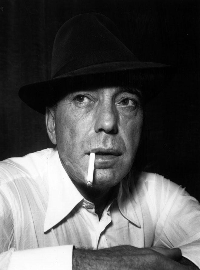 """היום אולי היינו קוראים לו """"רעיל"""" ושולחים אותו """"לדבר עם מישהו מקצועי"""", אבל באמריקה של שנות ה-50 הוא היה המתכון האולטימטיבי לגבריות קוסמת (צילום: Mitchell/GettyimagesIL)"""