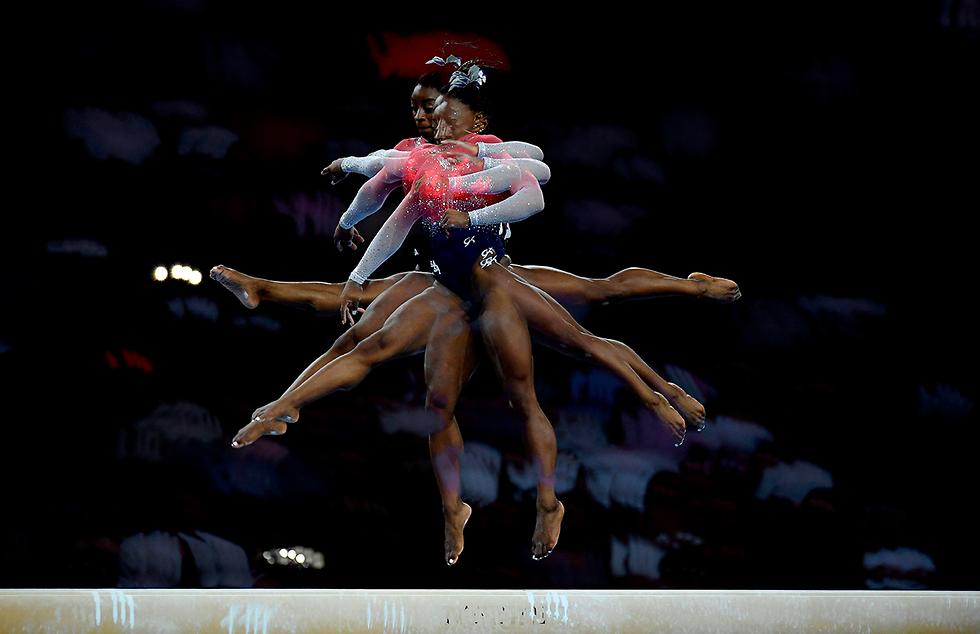 תמונות השנה AFP סימון ביילס אליפות העולם התעמלות  (צילום: AFP)