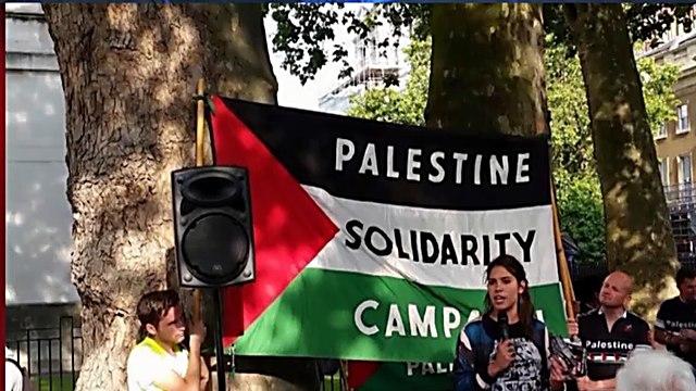 האנטישמים סוחפים את הסטודנטים ()