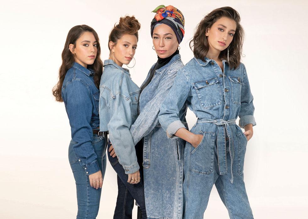 הבנות למשפחת ירון-דיין: מימין: מרים (17), נועה (47), שרה (23) ואדל (15) (צילום: עדי אורני, סגנון:  זוהר מאירי)