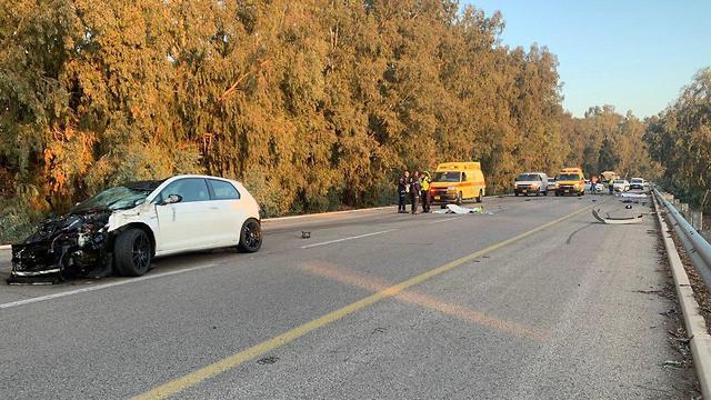 זירת התאונה (צילום: דוברות זק״א)