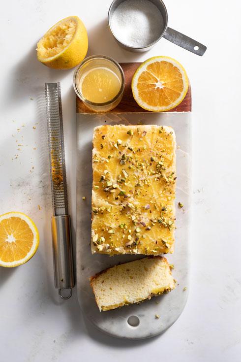 עוגת תפוזים הפוכה (צילום: דניאל לילה סגנון: נעמה רן)