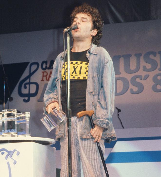 דיורי על הבמה. הגיע גם להופעות בקולנוע דן בתל אביב (צילום: Keystone/GettyimagesIL)