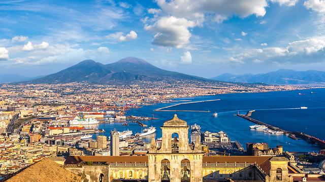 נאפולי איטליה (צילום: shutterstock)