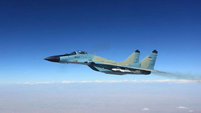 מטוס קרב איראני של איראן אילוסטרציה ()