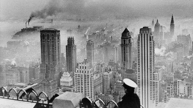 ערפיח מעל ניו יורק לפני עשרות שנים (צילום: shutterstock)