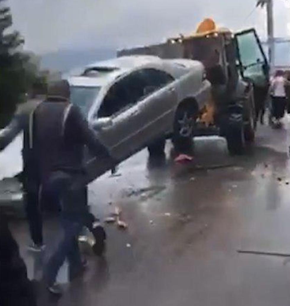 טרקטור מזיז רכב מרצדס  ב עיר עראבה קטטה   ()