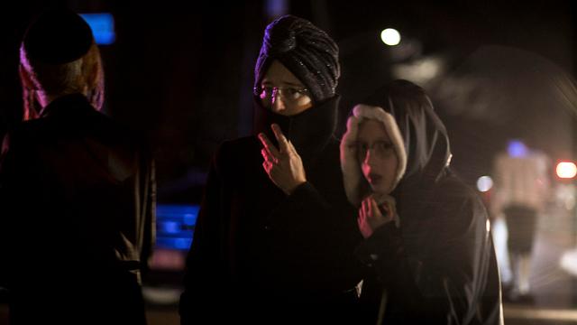 אירוע דקירה בבית כנסת ליד ניו יורק (צילום: AP)