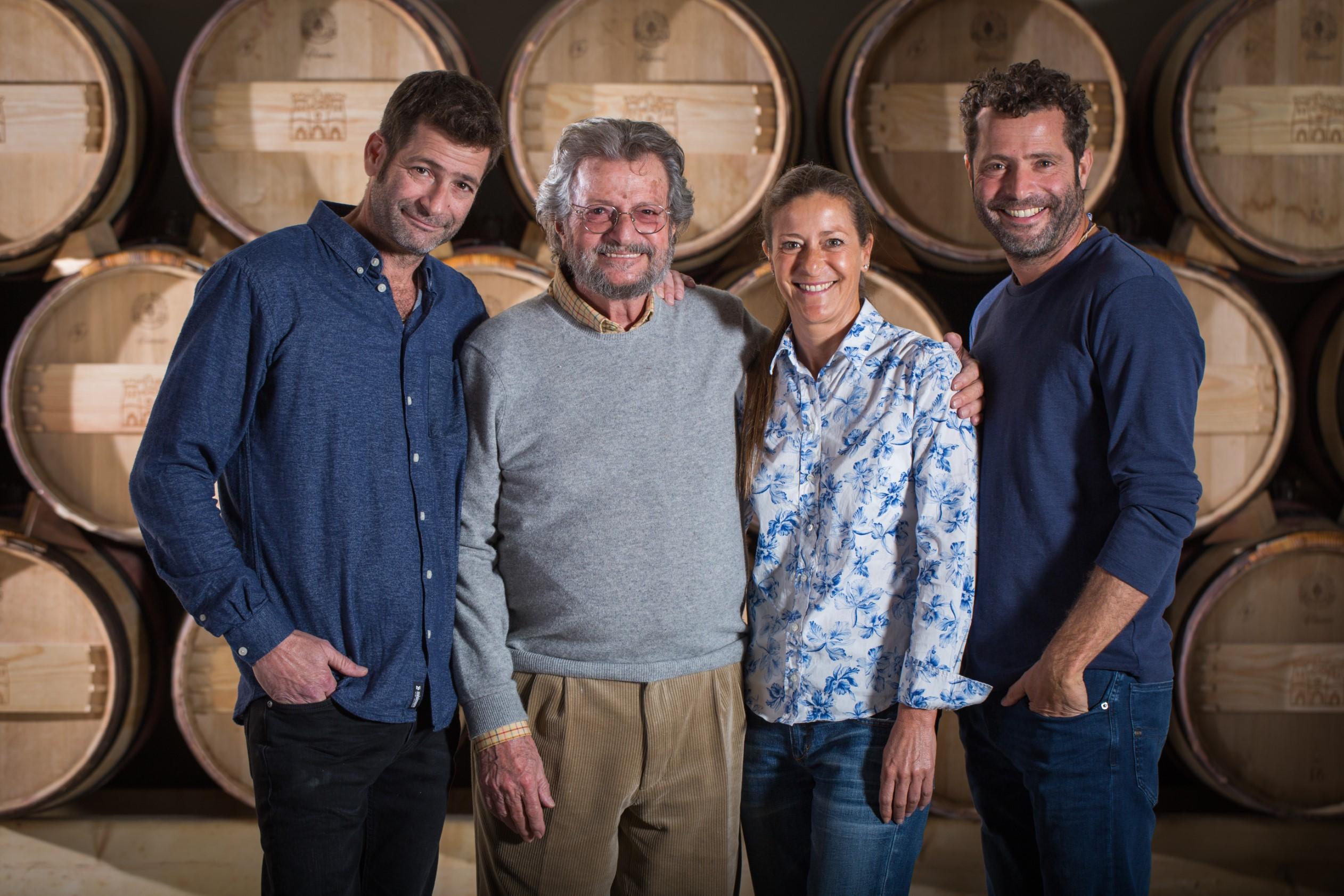 משפחת בן זקן: אריאל, אילנה, אלי, איתן (צילום: אלעד ברמי)